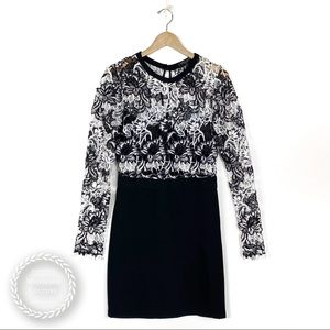 ROMEO + JULIET COUTURE Lace Long Sleeve Dress